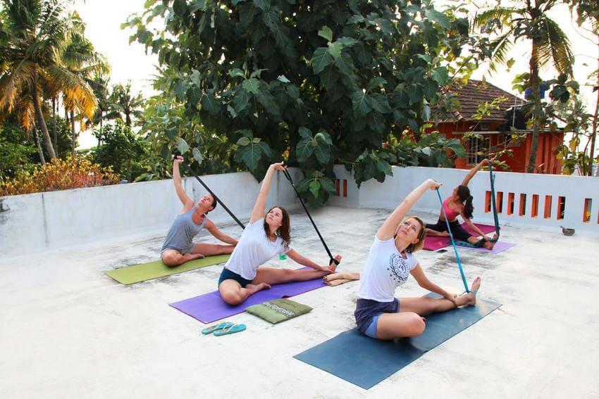 Групповые туры для йоги